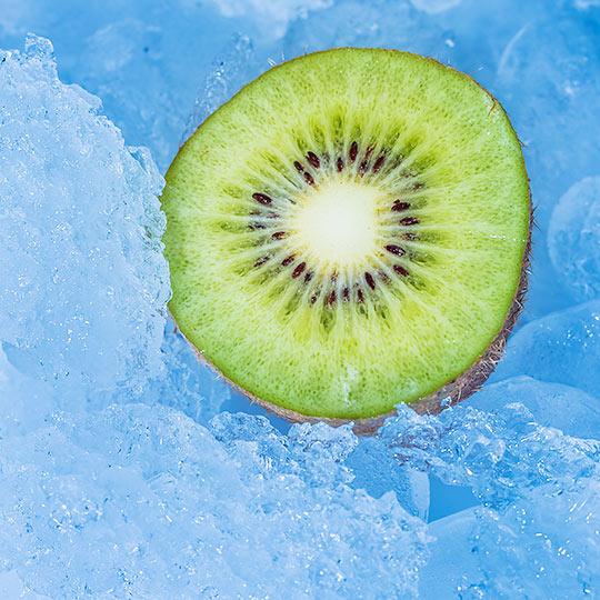 Kiwi w lodzie - Fotografia kulinarna