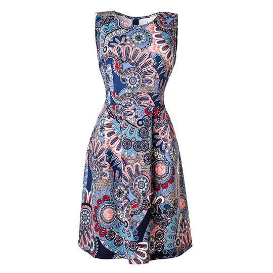 Sukienka - packshot typu duch