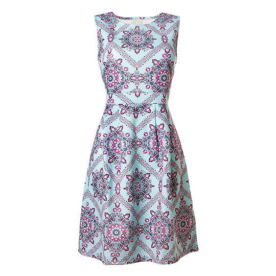 Sukienka 3 packshot typu duch